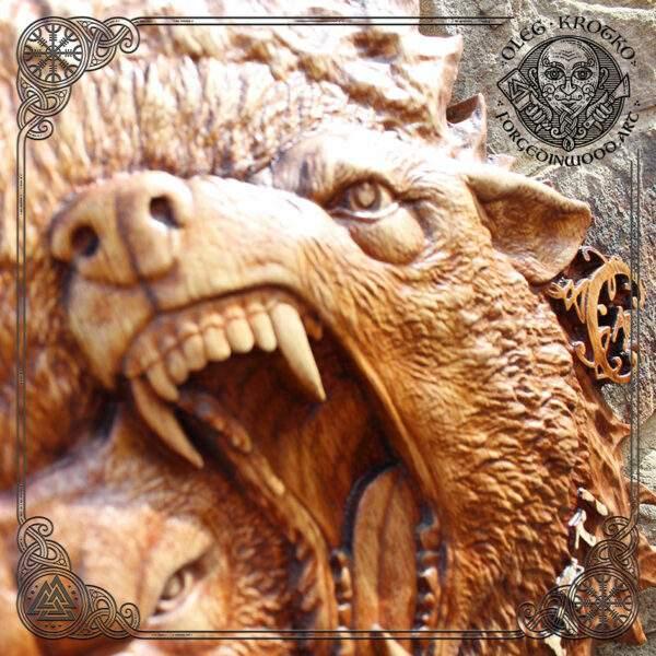 bear viking wood carving