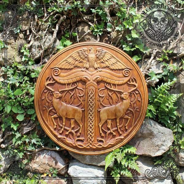 Irminsul in Circle Wood Wall Decor