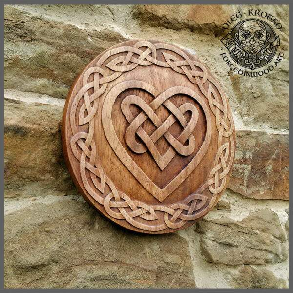 WOOD CARVED PICTURE CELTIC HEART