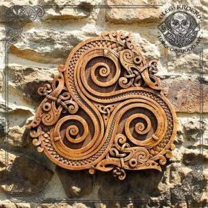 WOOD CARVED Trisquel Celtic Dragons