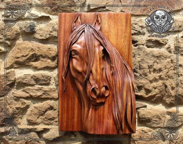 Horse portrait carved in wood