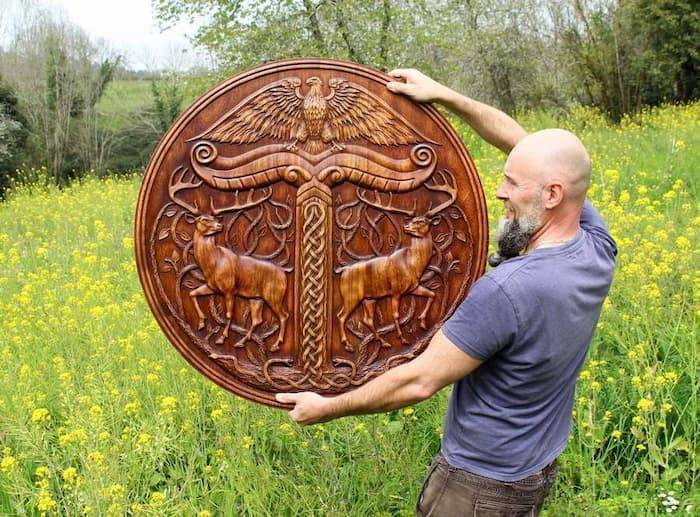 the best wood carver