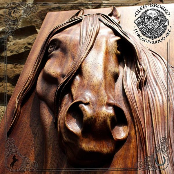 wooden horse wood carving