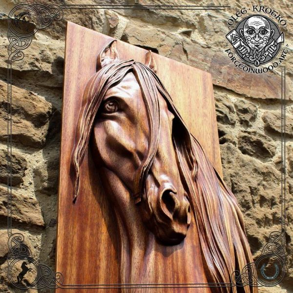 realistic horse carving