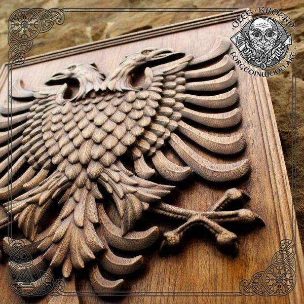 CUSTOM FAMILY COAT OF ARMS wood carving
