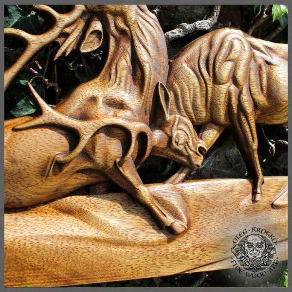 Deer Fight Animal Carving