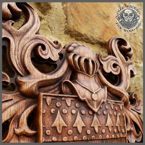 HAND MADE WOODCUSTOM CARVED COAT OF ARMS