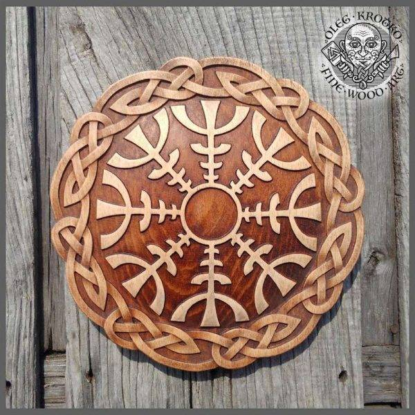Art Norse wood carving