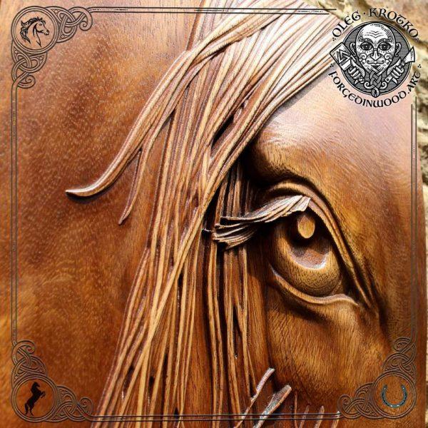 eye horse carvings