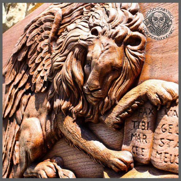 Lion Animal art wood carving