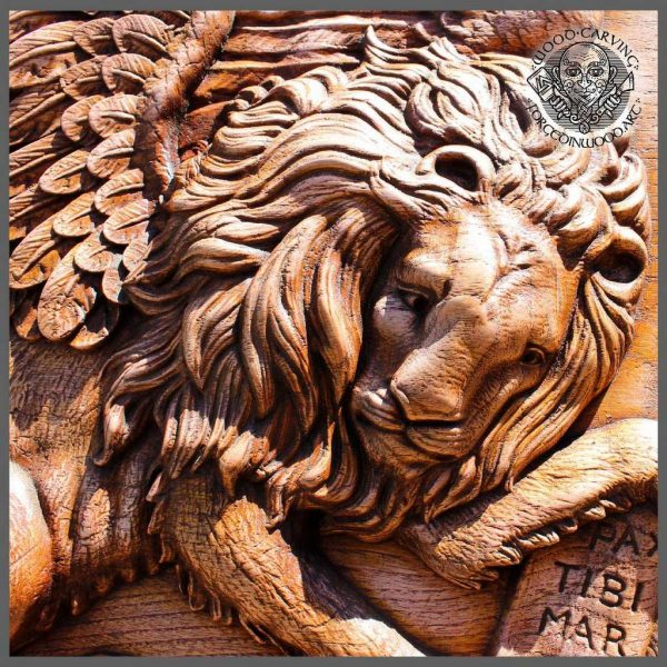 Lion wood carvings for sale