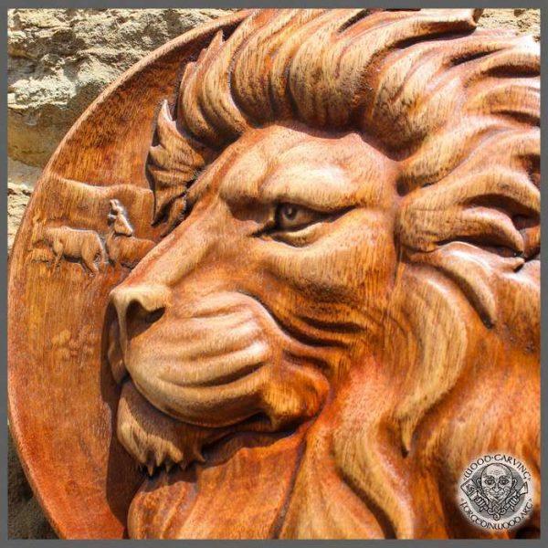 lion head carving