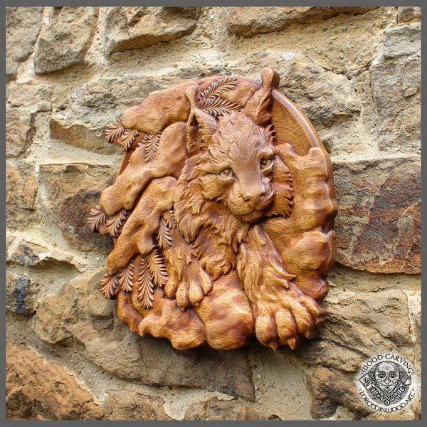 Lynx circular wooden plaque