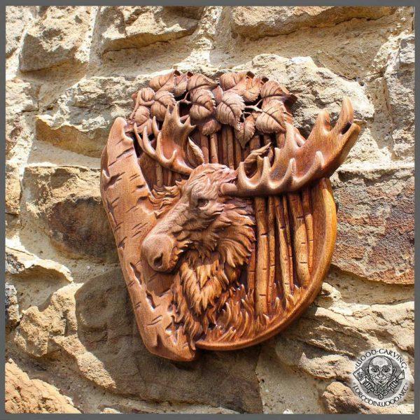 Elk Animal wood carving