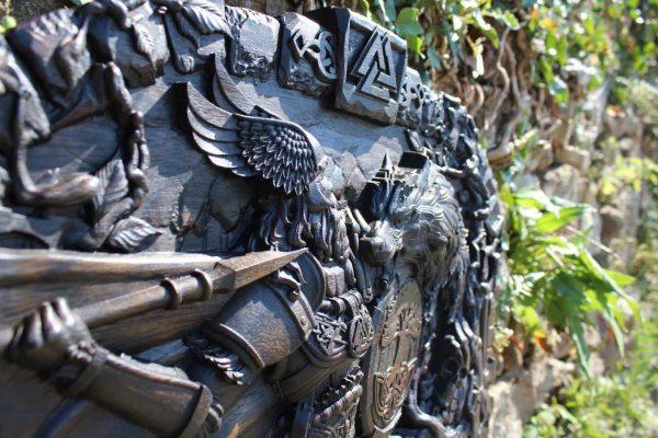 Odin god of war carvings