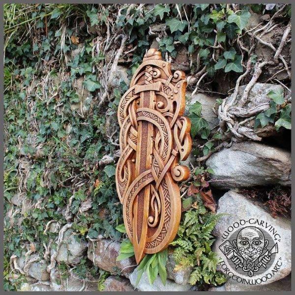Odin Gungnir carving