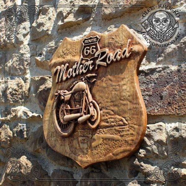 Route 66 Bober Chopper American wood carving
