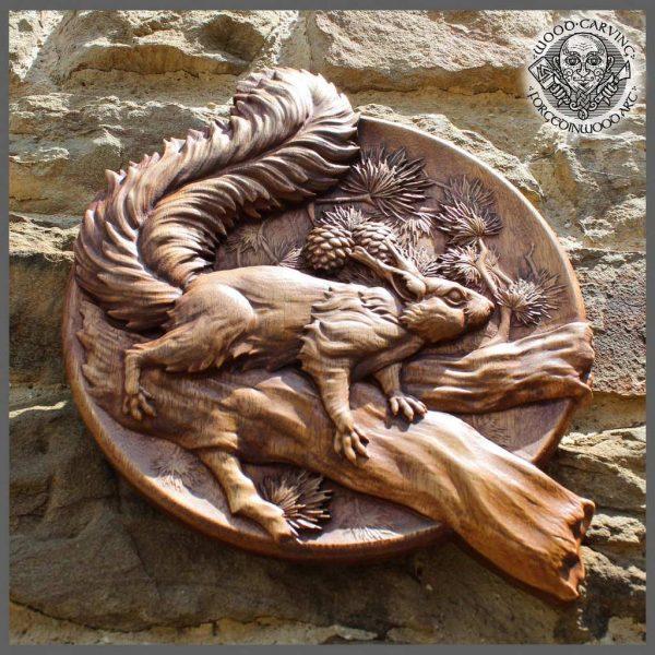 Animal wood art carved wood squirrel