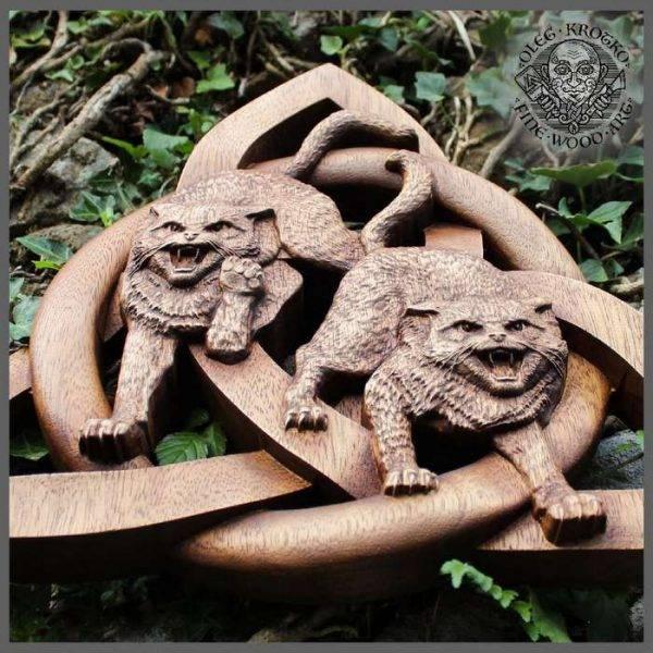 Symbol Viking wood carving Cats