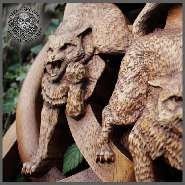 Symbol Viking carving Cats