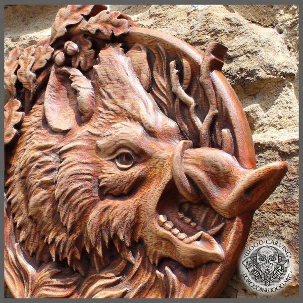 Animal art carved wildboar