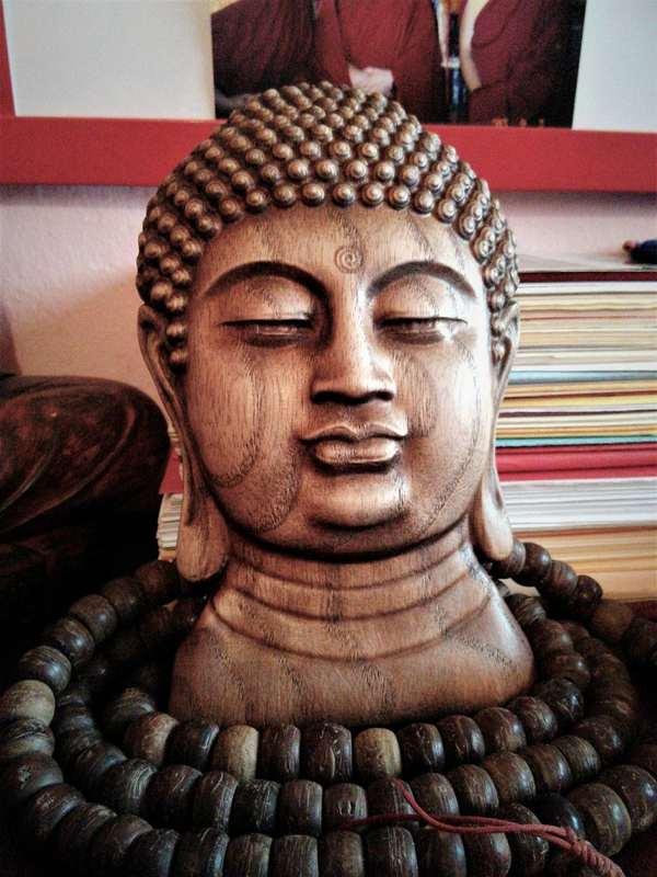 WOOD CARVED MEDITATION SOPORT BUDDHA