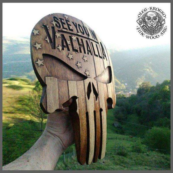 WOOD CARVED PICTURE SKULL AMERICAN VIKING FLAG