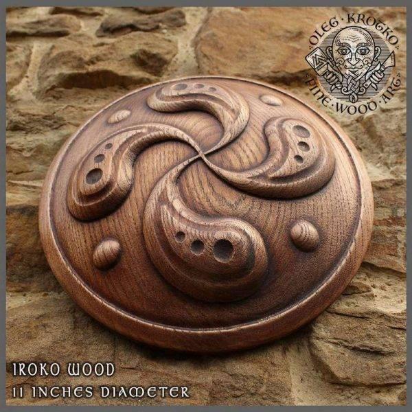 wood-carved-svastica-fylfot-cross