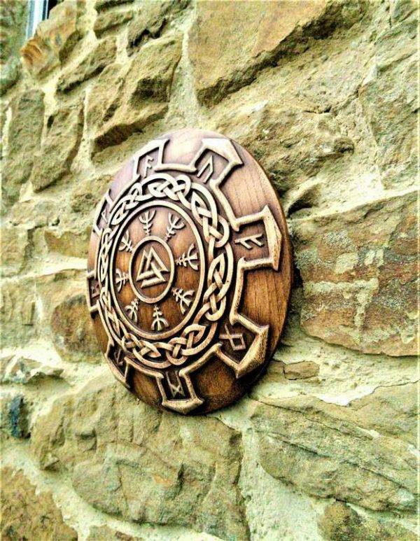 WOOD CARVED WALKNUT AND VICTORY RUNES
