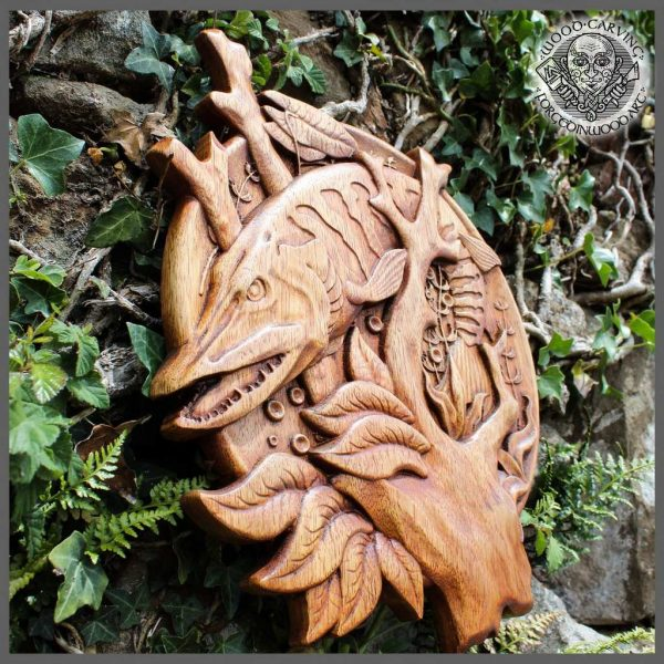 hand carving fish